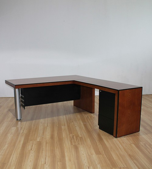 Oscar Writing Table