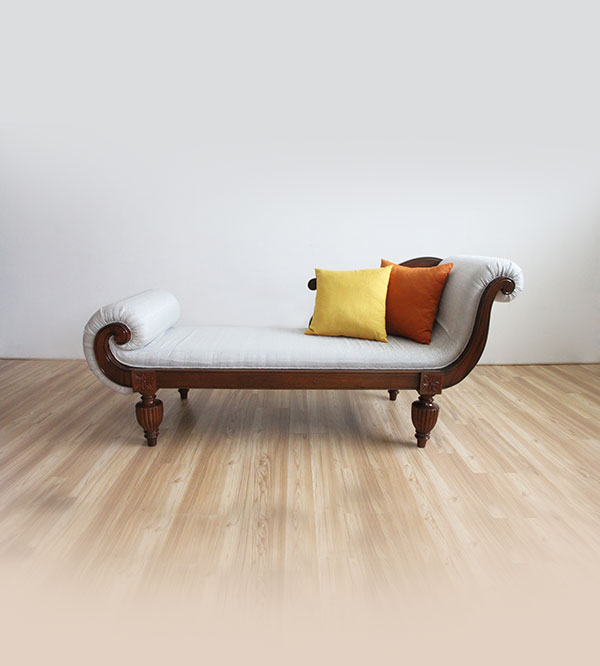 HALF COUCH